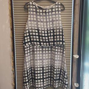 Black and white dress super cute!!!